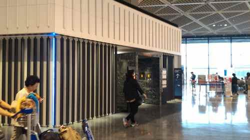 成田空港 ANAスイートチェックイン(ファーストクラスチェックインカウンター)