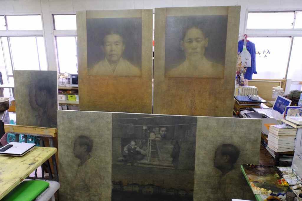 朝鮮大学校美術学科のアトリエにあった作品