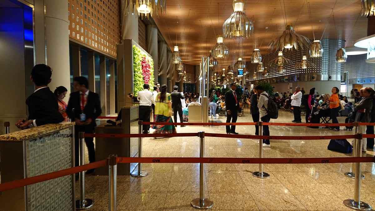 ムンバイ空港の内装