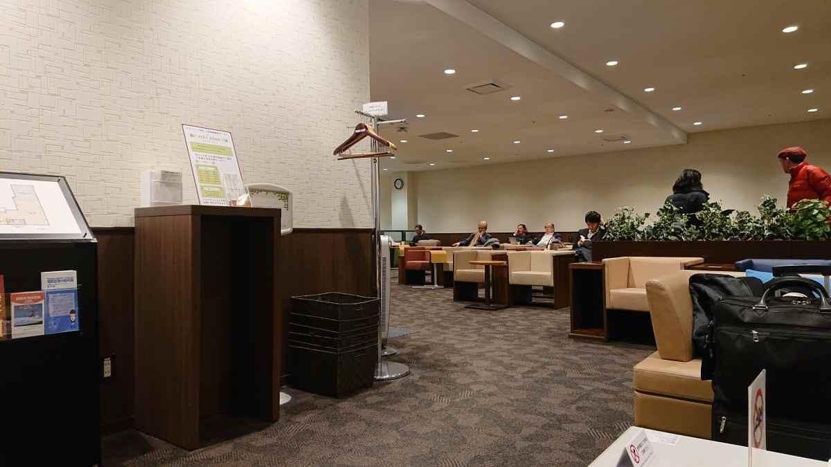 福岡空港のアライバルラウンジ