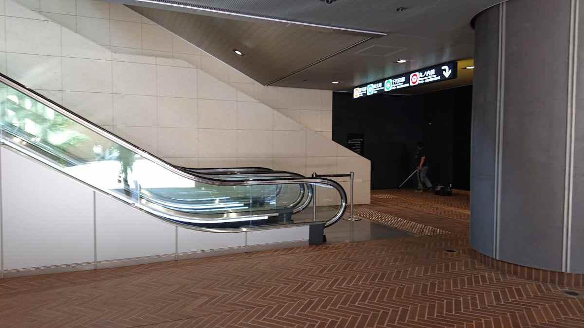 アメリカ大使館に一番近い溜池山王駅の出口