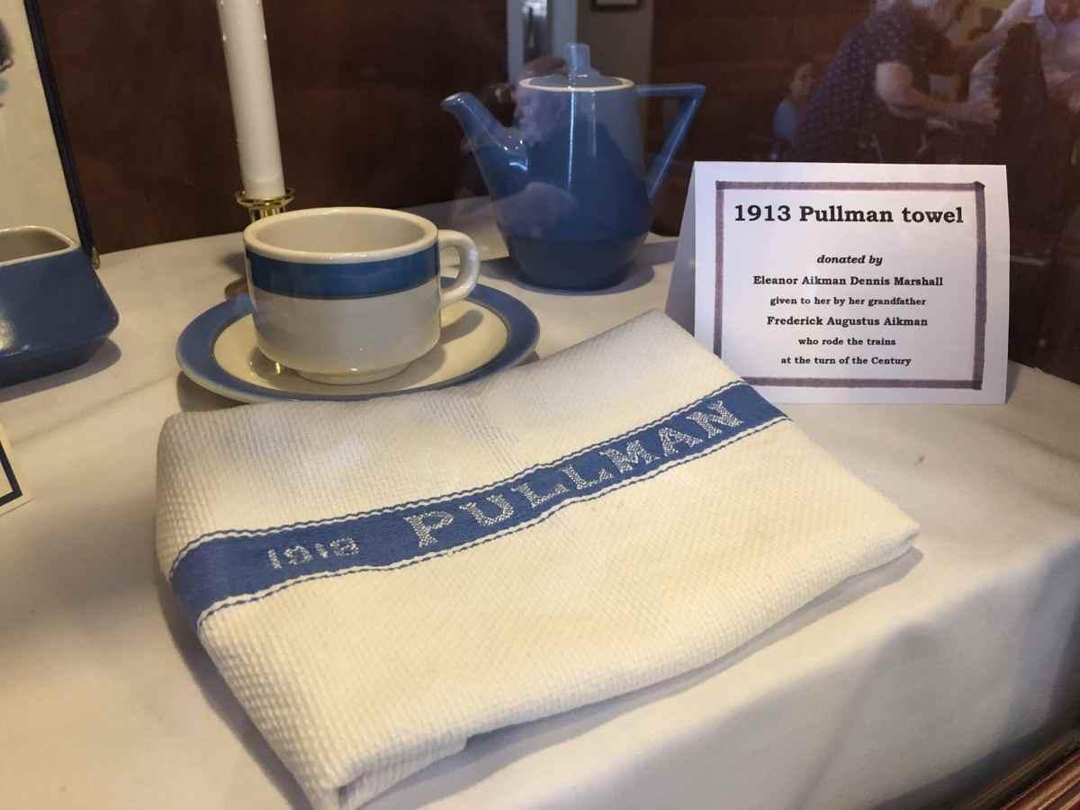 プルマンの食器セット