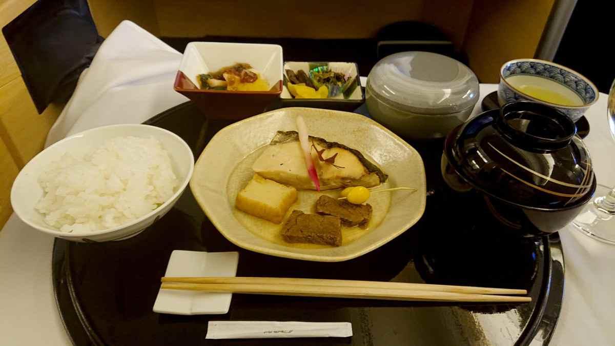 ANA NH111便の機内食